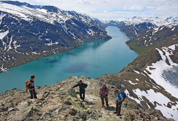 Guided hike over the Besseggen Ridge