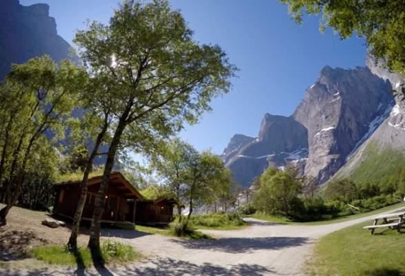Romsdalseggen Package Trollveggen Camping