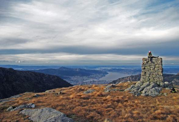 3-hours Scenic & Cultural Hike at Mt Ulriken
