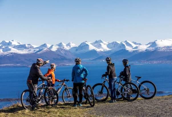 Картинки по запросу норвегия велосипедное путешествие