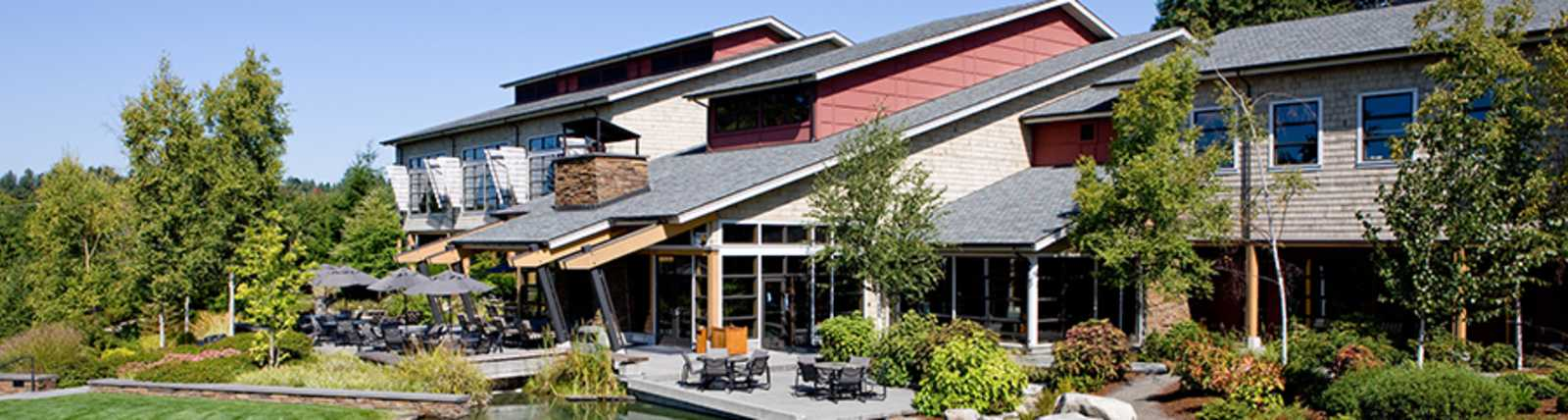 Cedarbrook Lodge Exterior