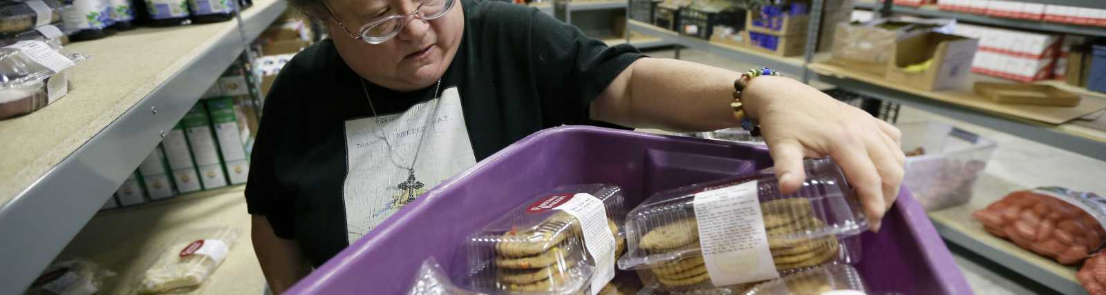 DES MOINES AREA FOOD BANK