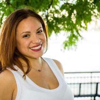 LaZoom Comedy Night: Shari Diaz