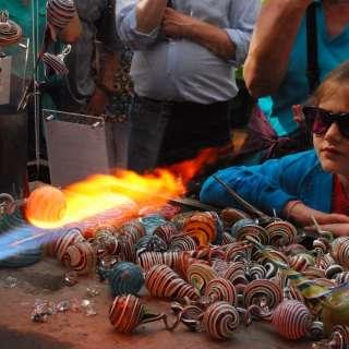 Live Holiday Glassblowing Demo Wed, Thu, Fri, Sat