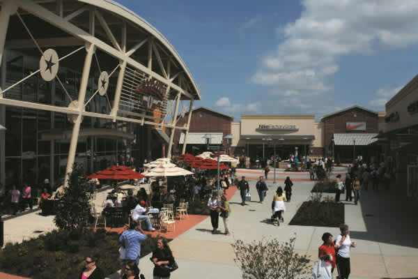 Free VIP Savings Passport from Houston Premium Outlets