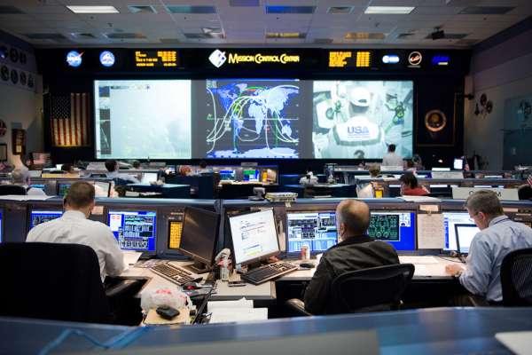 Space Center Houston Level 9 Tour