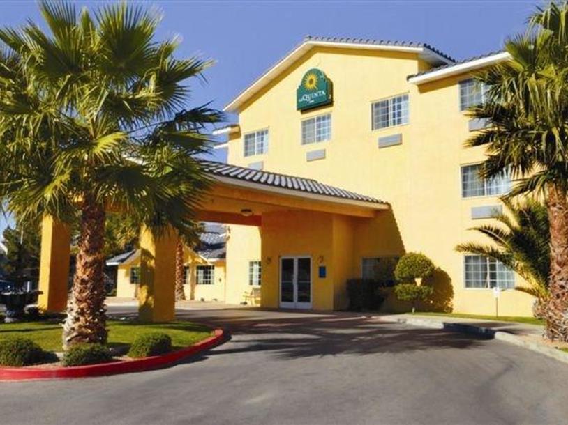 La Quinta Inn & Suites by Wyndham Las Vegas Nellis