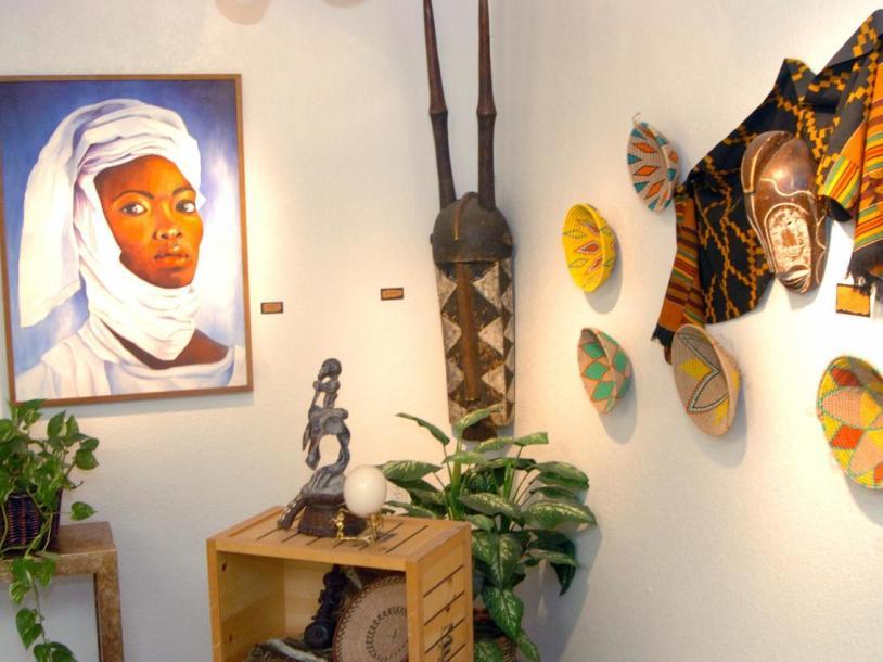 Left Of Center Art Gallery & Studio