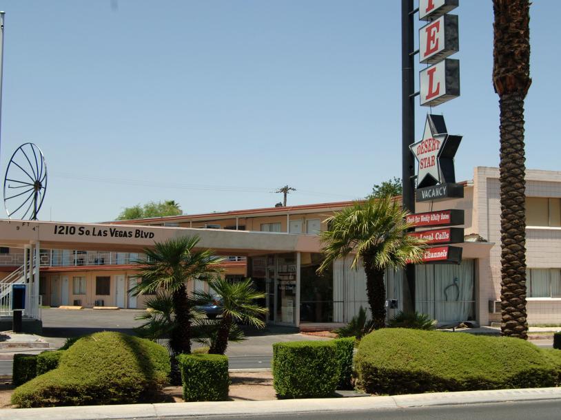 Desert Star Motel