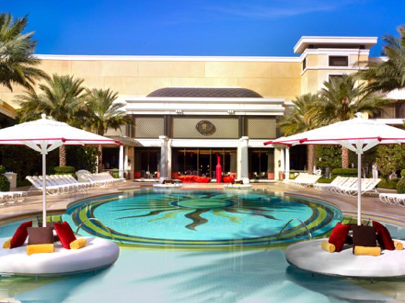 Encore Pool