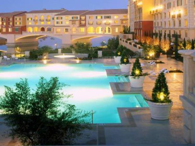 Hilton Lake Las Vegas Resort & Spa Pool