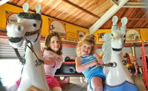 CW Parker Carousel (Carry-Us-All) | Abilene, KS 67410