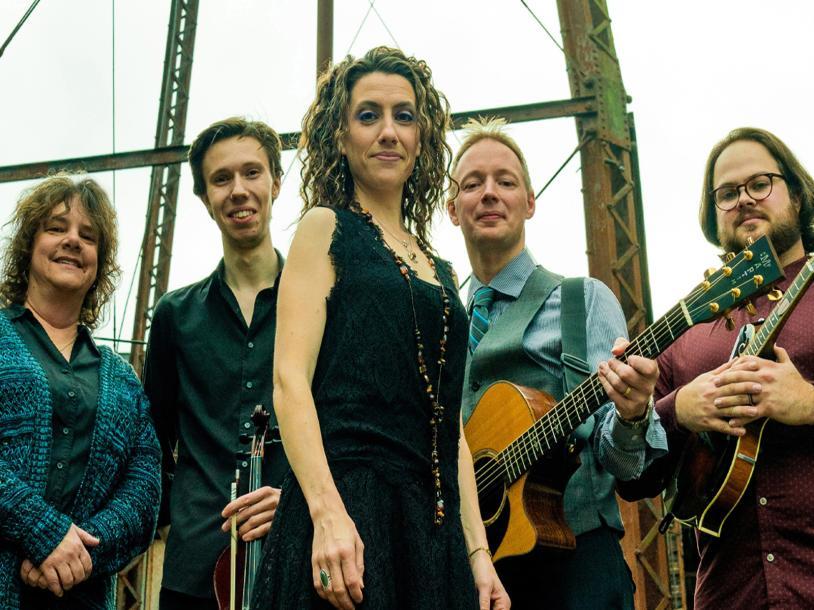 Runa: Celtic Roots Music
