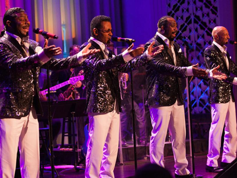 Las Vegas Pops Presents Starring Spectrum and Radiance with Love (A Valentine's Celebration)