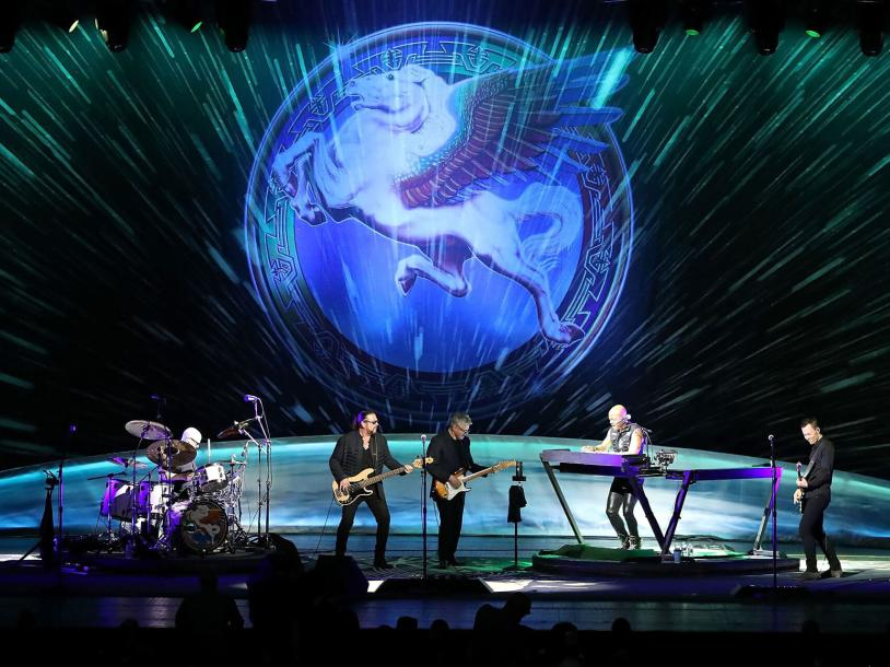 Steve Miller Band: Legendary Hits You Love