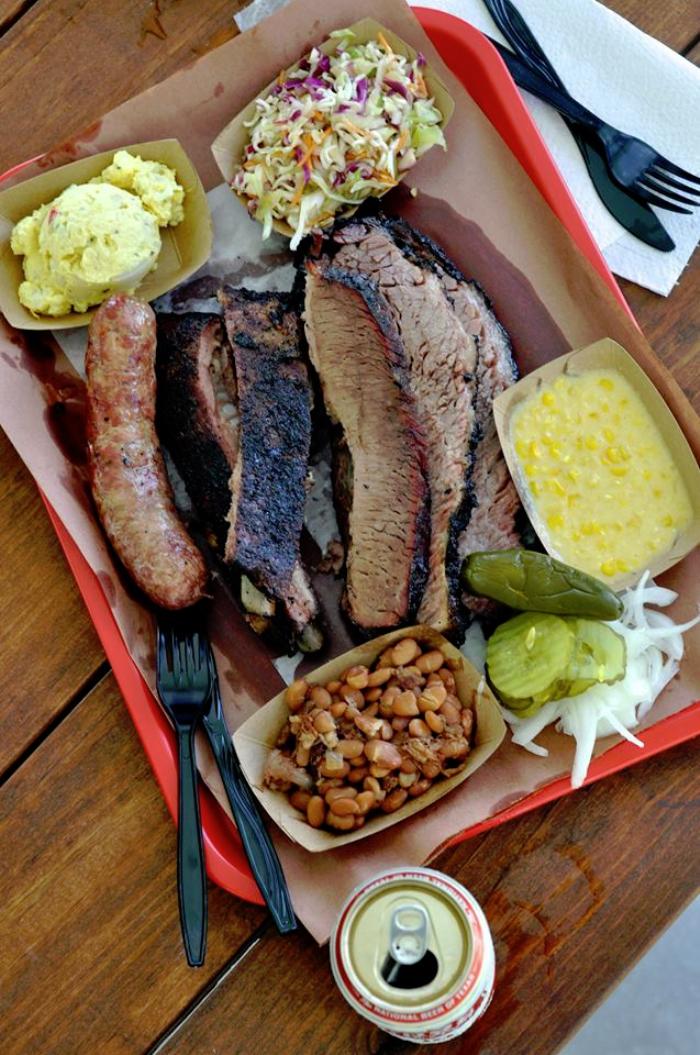 Houston & Beyond - Killens BBQ Pearland