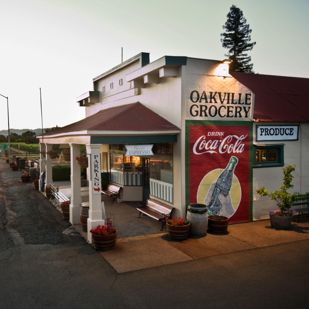 Oakville Grocery Square
