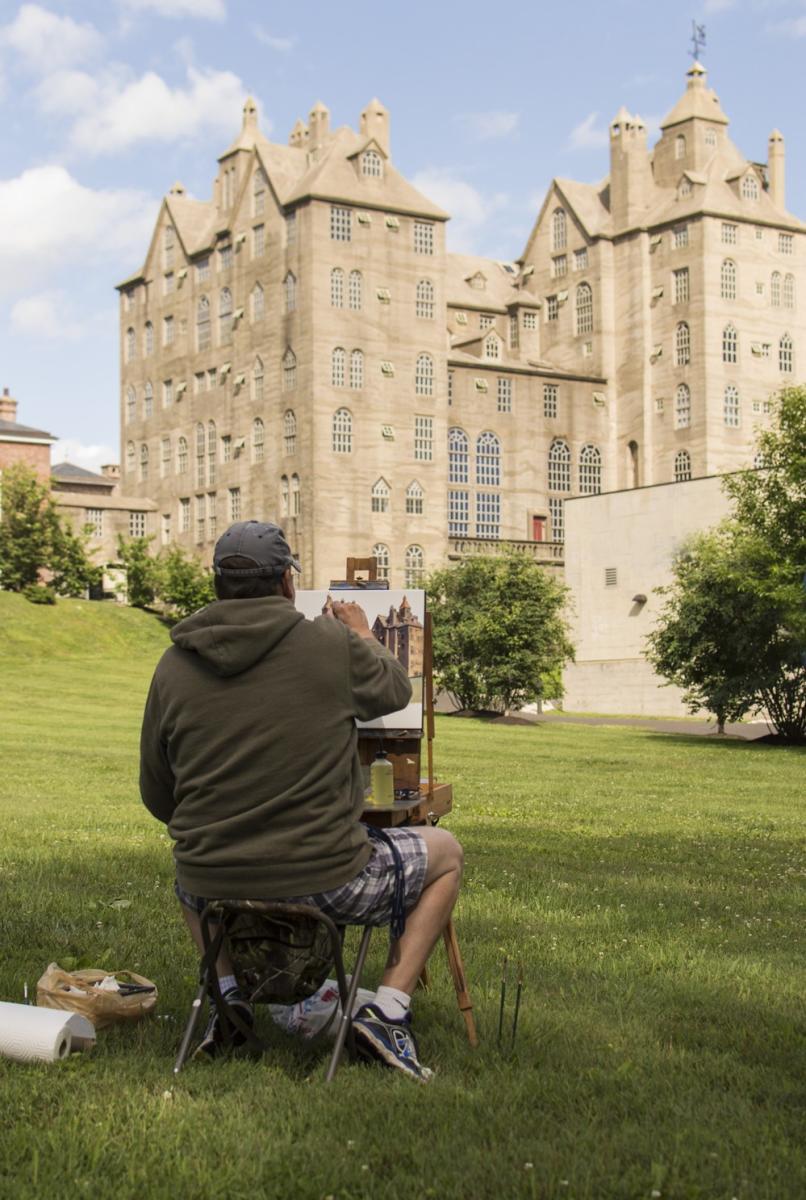 Plein Air artist John Schmidtberger paints Mercer