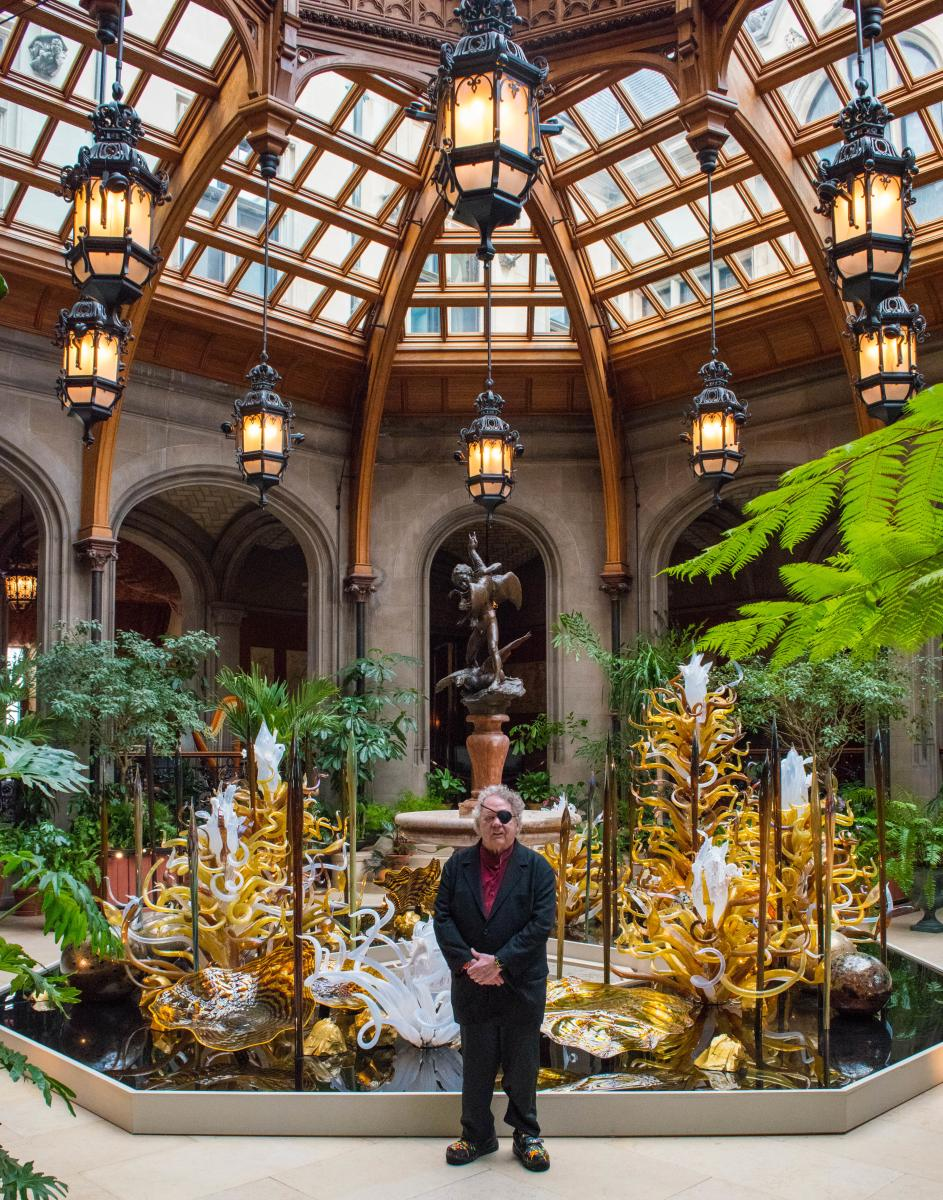 Dale Chihuly at Chihuly at Biltmore in Winter Garden