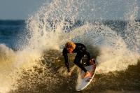 0511 017 surfing