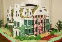 Sweet Creations Gingerbread House Display