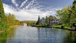 Children's Lake Fall 700