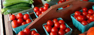 farmers-tomatoes