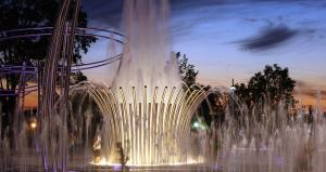 Scioto Mile Fountains - dusk