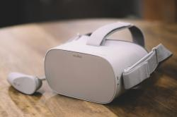 Oculus Go headset - Visitor Center - VR