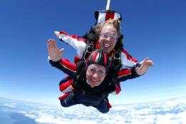 Go to New Heights; See the Pacific Northwest from Sky High! Seattle Skydiving Blog Tandem