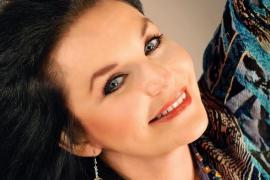 Crystal Gayle - Cover Photo