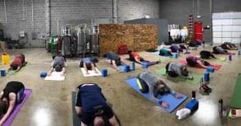 Yoga & Beer at Twinpanzee