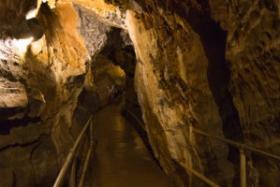 Lost-River-Caverns-300x200
