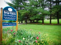 Briar Patch Bed & Breakfast Sign