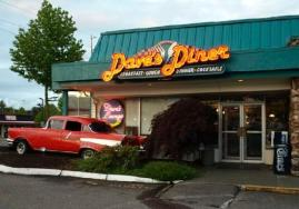 3-Day Weekend Itinerary for Visitors to Seattle Southside Daves Diner