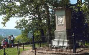 Daniel Boone's Grave: Lexington, KY
