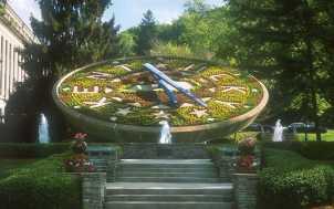 Floral Clock: Frankfort, KY