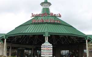 Joseph-Beth Booksellers: Lexington, KY