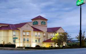 La Quinta Inn & Suites; Lexington, KY