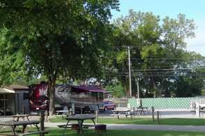 Louisville North Campground