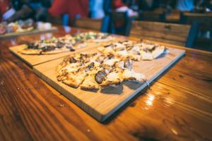 Playalinda Brewery Brix Project flatbread pizza