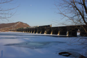rockville-bridge-longest-stone-masonry-arch-railroad-bridge-harrisburg