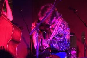flx-live-geneva-live-band-billy-strings