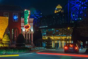 Jeffersonville Riverside restaurants at night