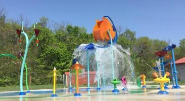 Williams Park has a great new splash area!