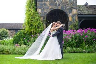 Wedding Couple - Chateau Morrisette