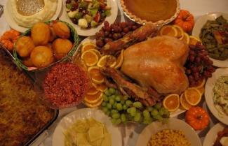 Joe Hubers Thanksgiving meal small