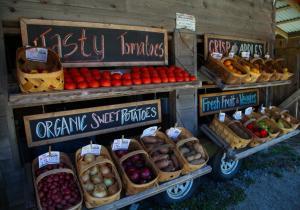 Veggie Wagon produce stand