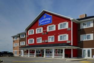 Lakeview Inn & Suites Brandon Exterior