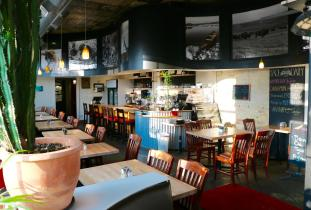 Feast Cafe Bistro